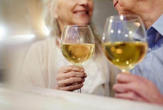 Proost! Samen iets vieren met een wijntje